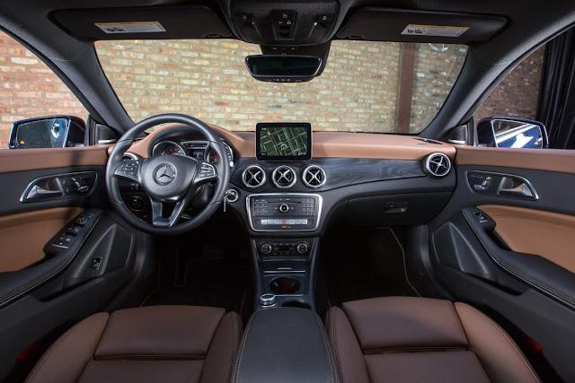 interior Mercedes Benz CLA 250