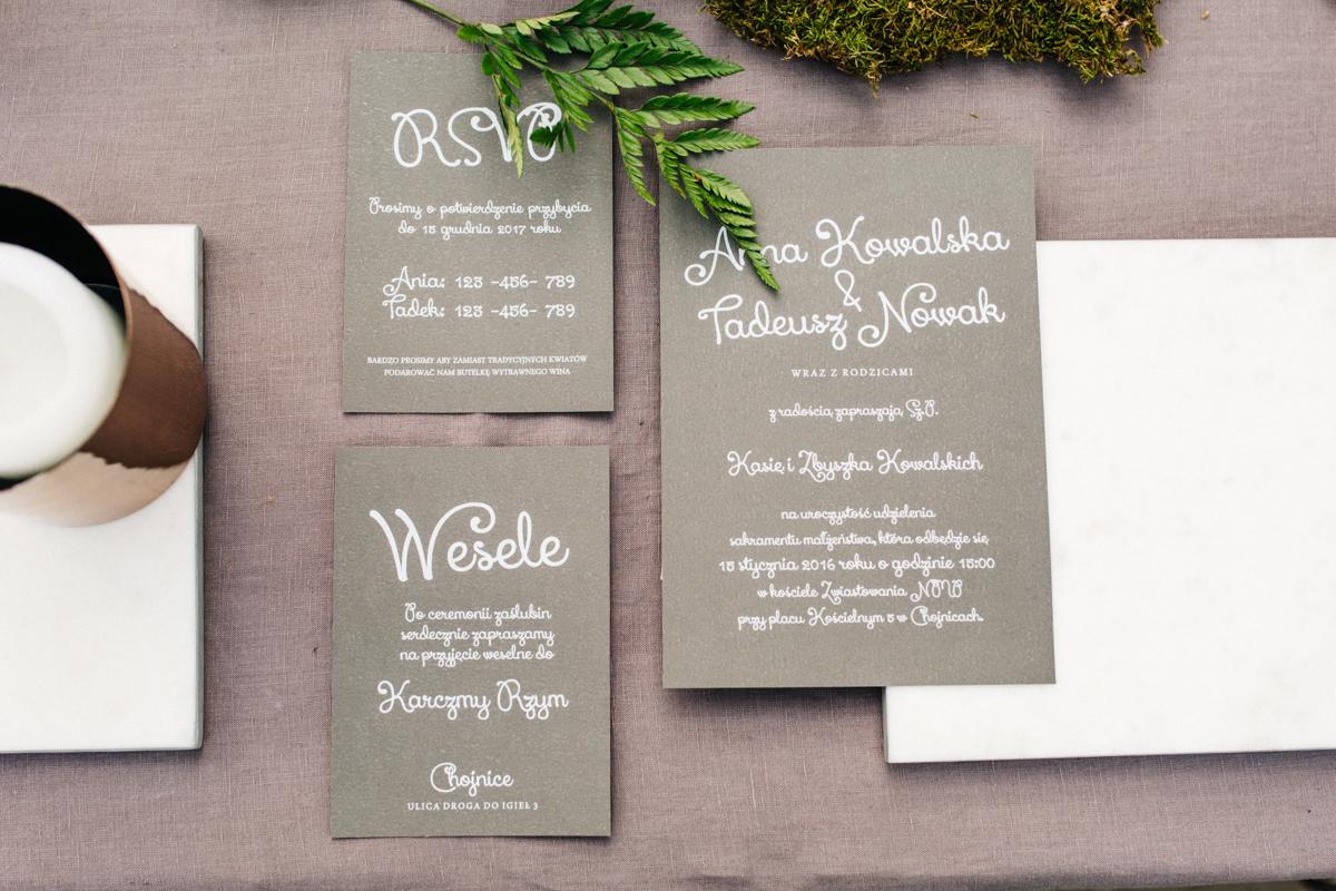 Szare zaproszenia ślubne