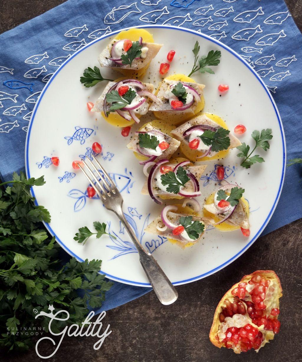 ryba-na-talerzu-z-ziemniakami