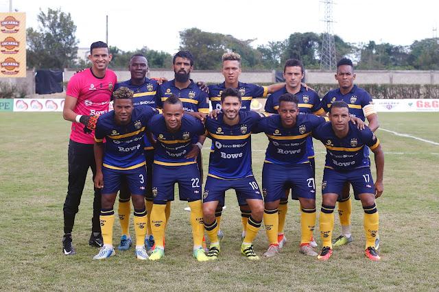 Primera victoria para Los Guerreros en jornada inaugural
