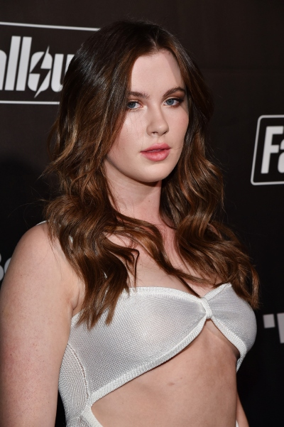 Ireland Baldwin candid outfit