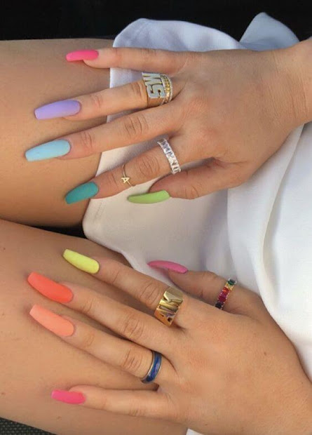 ombre acrylic nails design