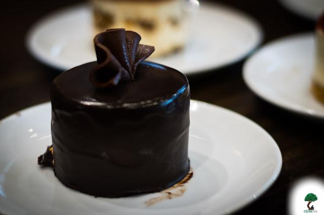 mini sinful chocolate cake