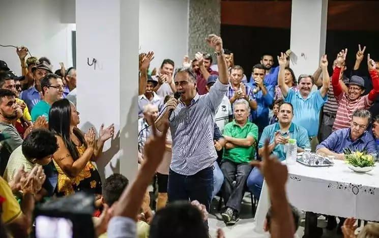Lucélio intensifica ações da pré-campanha e empolga lideranças do Sertão