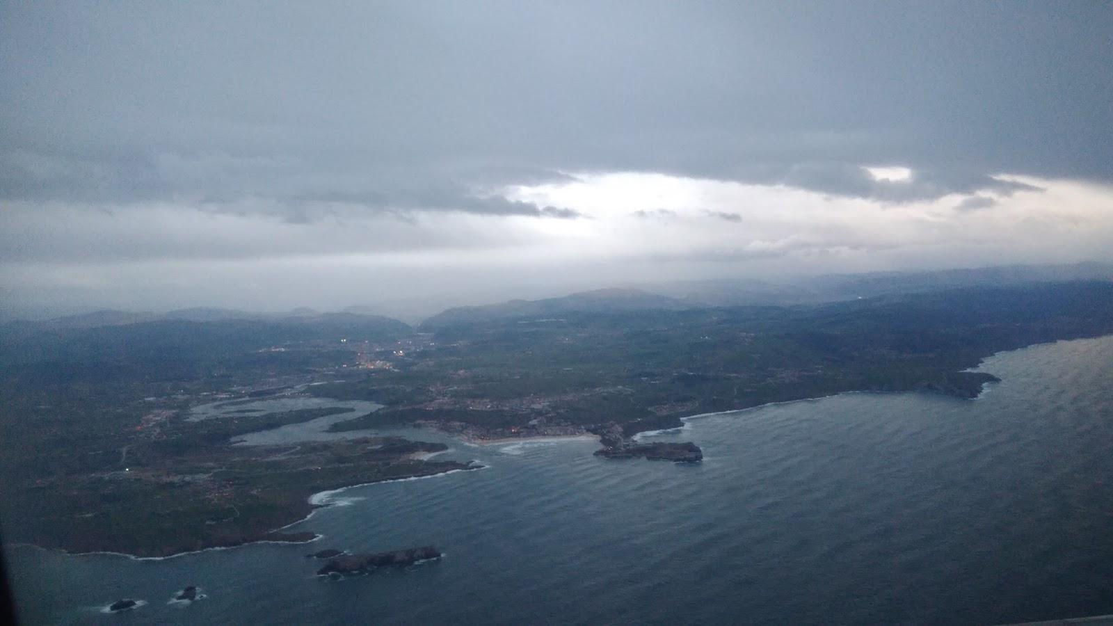 Widok na Santander z pokładu samolotu