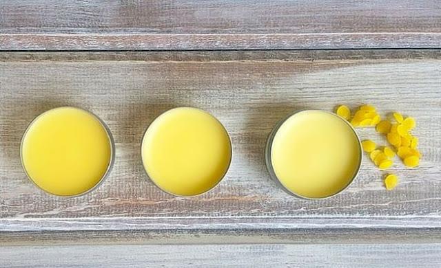DIY: Cách làm sáp thơm cực dễ từ thiên nhiên