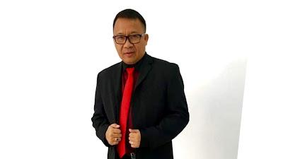 Pdt Lucky Rumopa, Kiat Jalani Pelayanan Bersamaan Tugas Staf Khusus Gubernur