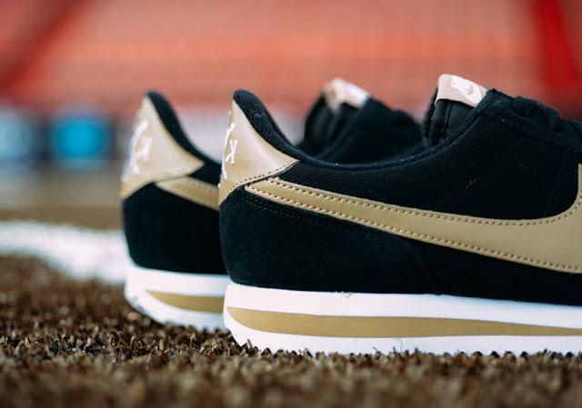 Nike-Cortez-Baseball detalhe