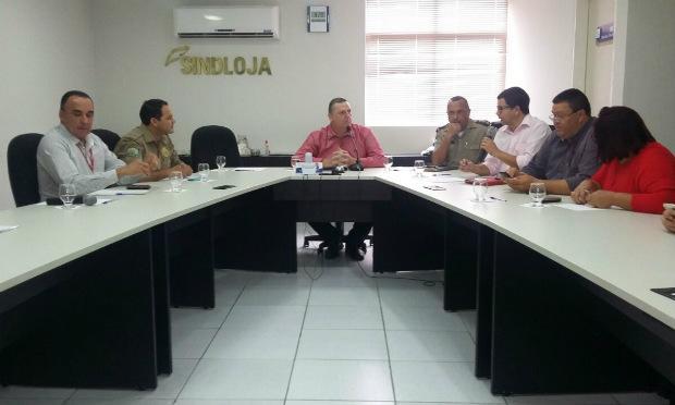 Comando Presente discute números da violência em Caruaru