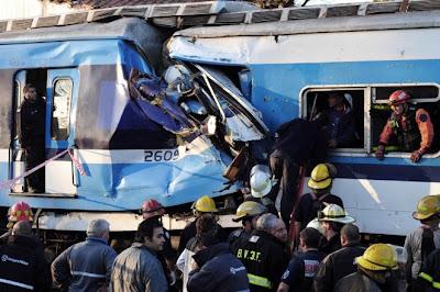 Trás la tragedia en Castelar, recordamos el articulo referido a otro peligroso tren: Ferrobaires