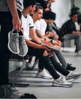 model alas kaki pria dan wanita