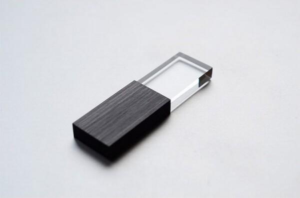 Transparent USB flash memory drives