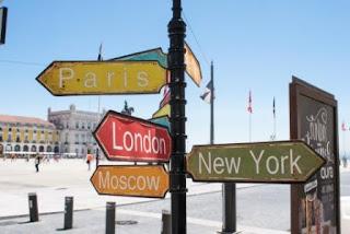 Peranan Sektor Pariwisata (Travel and Tourism) dalam Pembangunan Ekonomi dan Sosial-Budaya