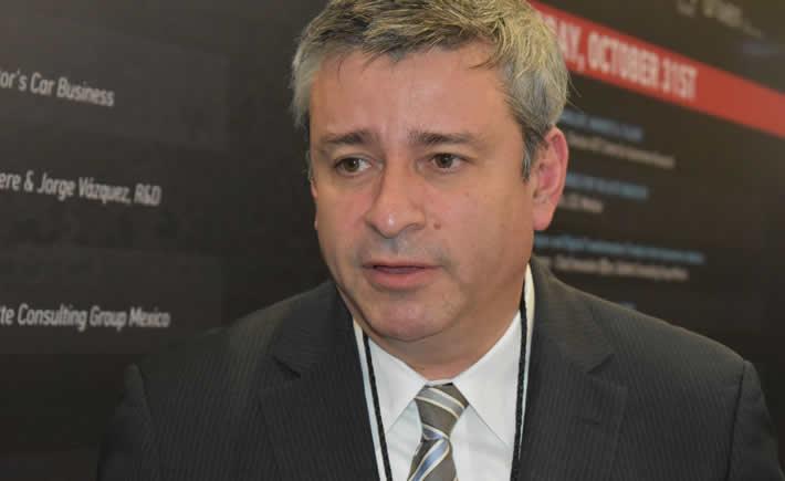 Leopoldo Cedillo participó en la tercera edición del Main Forum, en donde compartió las nuevas formas de trabajar en Metalsa enfocadas a la innovación tecnológica y a la capacitación de los recursos humamos. (Foto: Vanguardia Industrial)