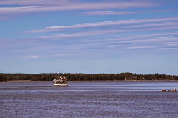40+ nelkytplus Porvoo Emäsalo Runeberg laiva horizont suomenlahti meri Baltic Sea