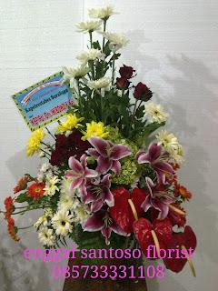 rangkaian buket bunga meja anthurium