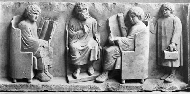 Colegio y antigua Roma