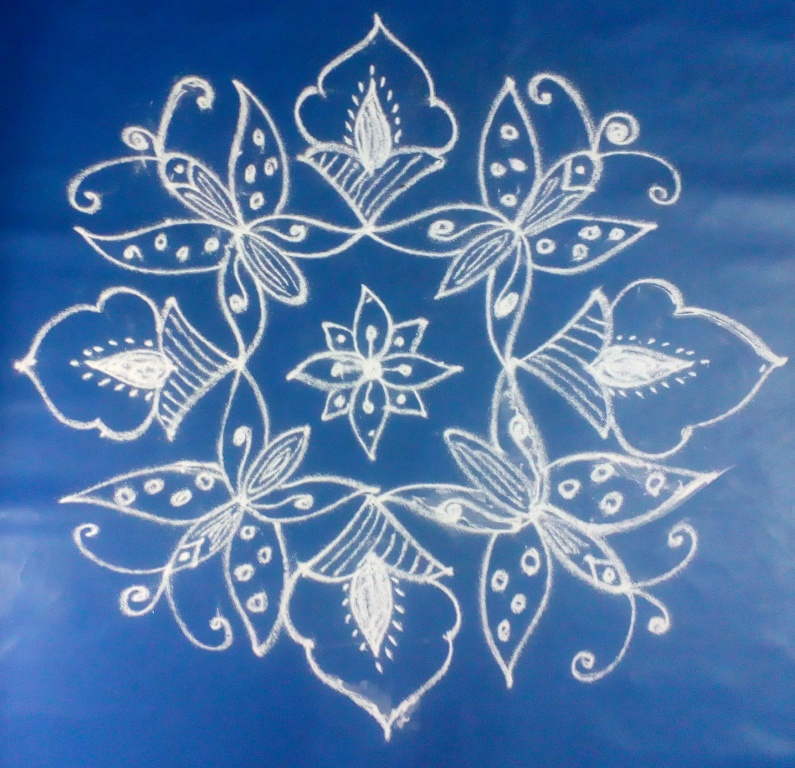 Easy apartment kolam with dots 11 to 1 butterfly designs 5 for Apartment kolam design