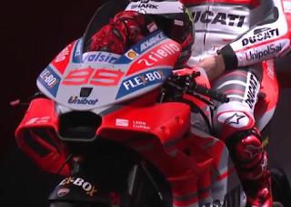 This Is Ducati Desmosedici GP 2018! Super Cool and Keren!