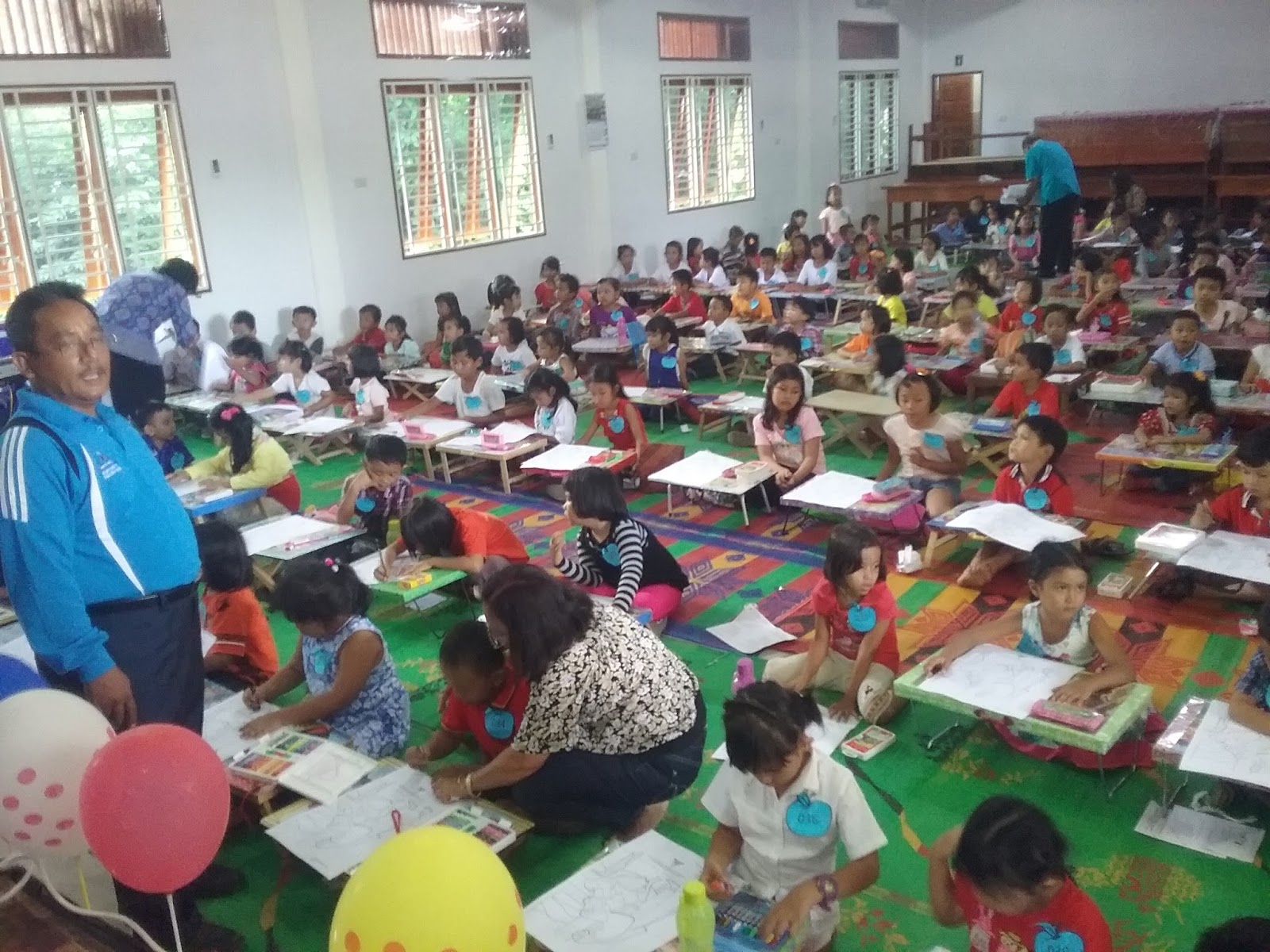 300 Sekolah Minggu Hkbp Distrik V Sumatera Timur Ikuti Mewarnai