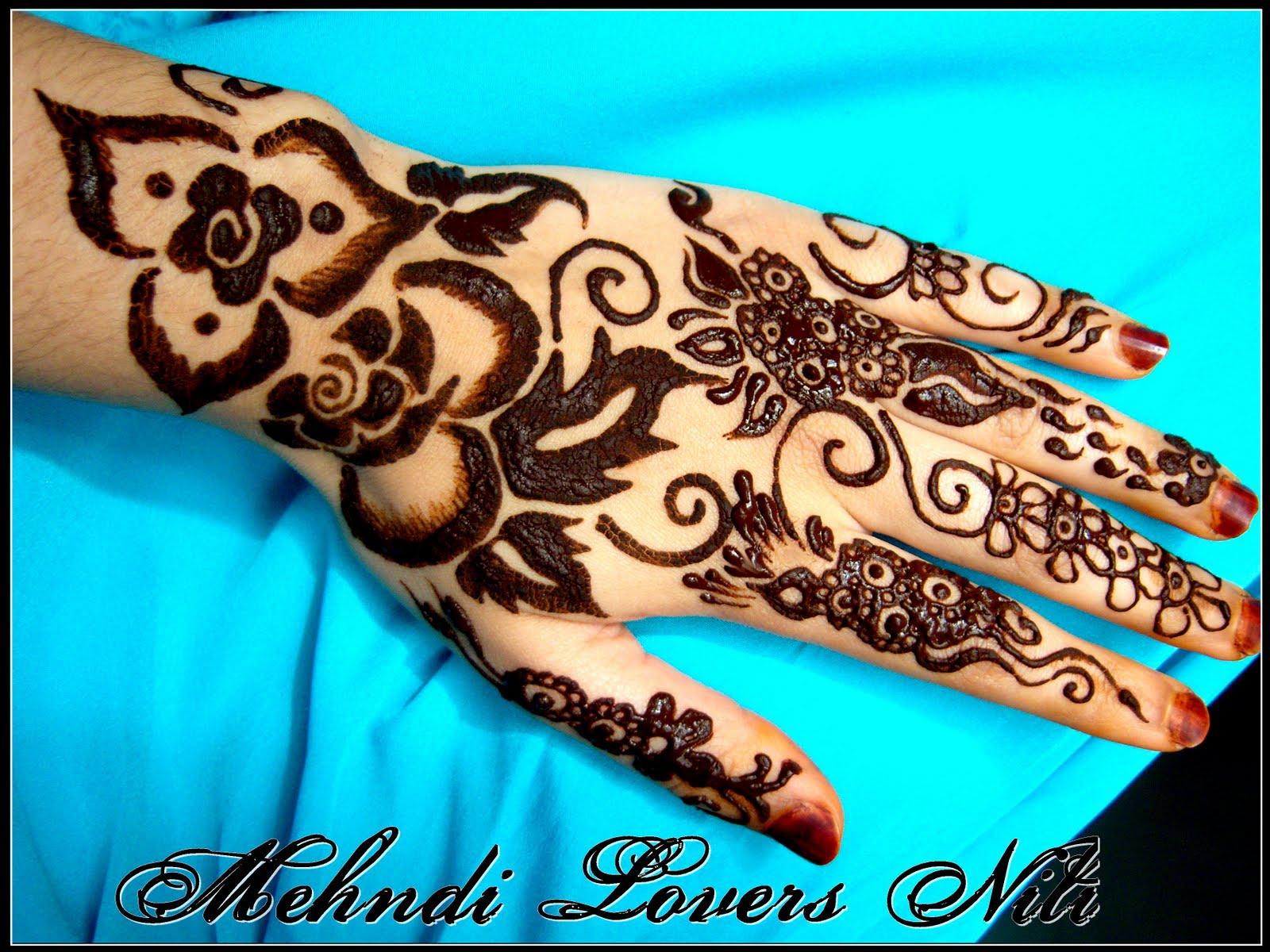 Stylish Unique Mehndi Designs: Stylish Mehndi Designs For Girls