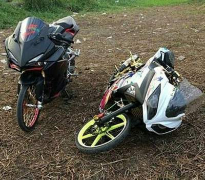 All-New-cbr-250-rr-dan-ninja-250fi-modifikasi-ban-cacing