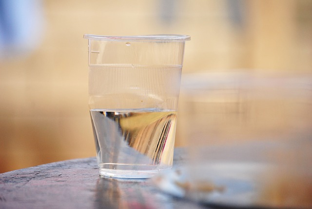 Manfaat Minum Air Putih Sebelum Makan
