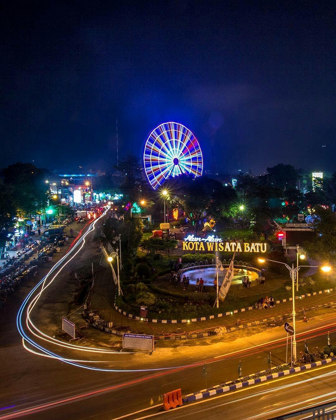 Spot Kece Sudut Kota Malang Saat Malam Hari