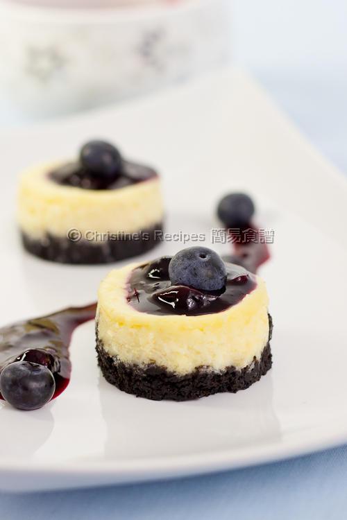 迷你藍莓芝士蛋糕【派對甜品】Mini Blueberry Cheesecakes   簡易食譜 - 基絲汀: 中西各式家常菜譜