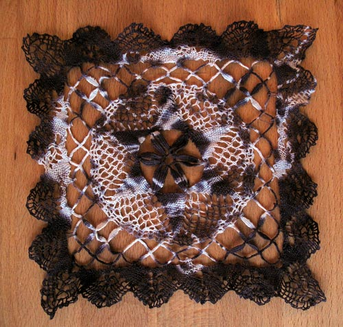 tie dyed doily doile