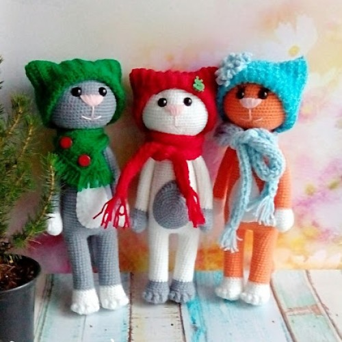 Amigurumi New Year Cats - Free Patten