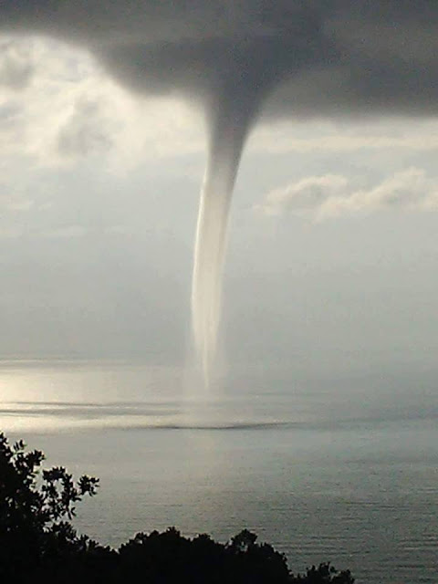 Tornadoes and water spouts in the world in September 2016
