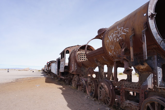 Red Planet Tour Uyuni Bolivia train graveyard