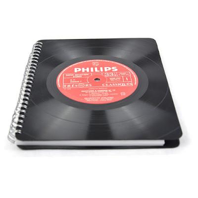 Cahier vinyles 33 tours 19,90€ sur www.rose-bunker.fr