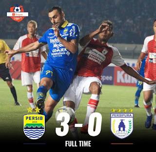 Persib Bandung vs Persipura 3-0