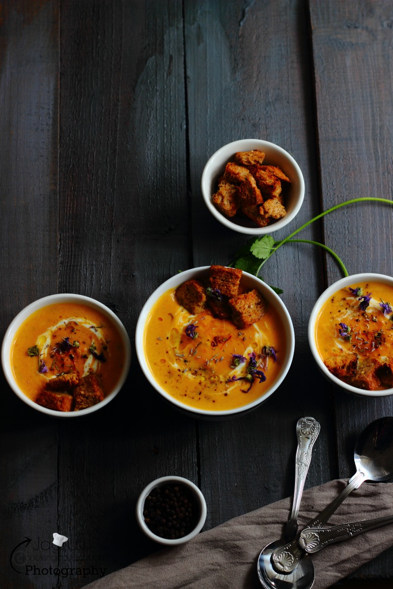 Carrot, Ginger and Coconut soup. It is sweet, spicy, rich and creamy, just right for a cold day.  It's just simply amazing, A pinch of saffron gives this soup exquisite flavours. The perfect winter warmer with a smooth and velvety texture, wonderfully healthy and nourishing!