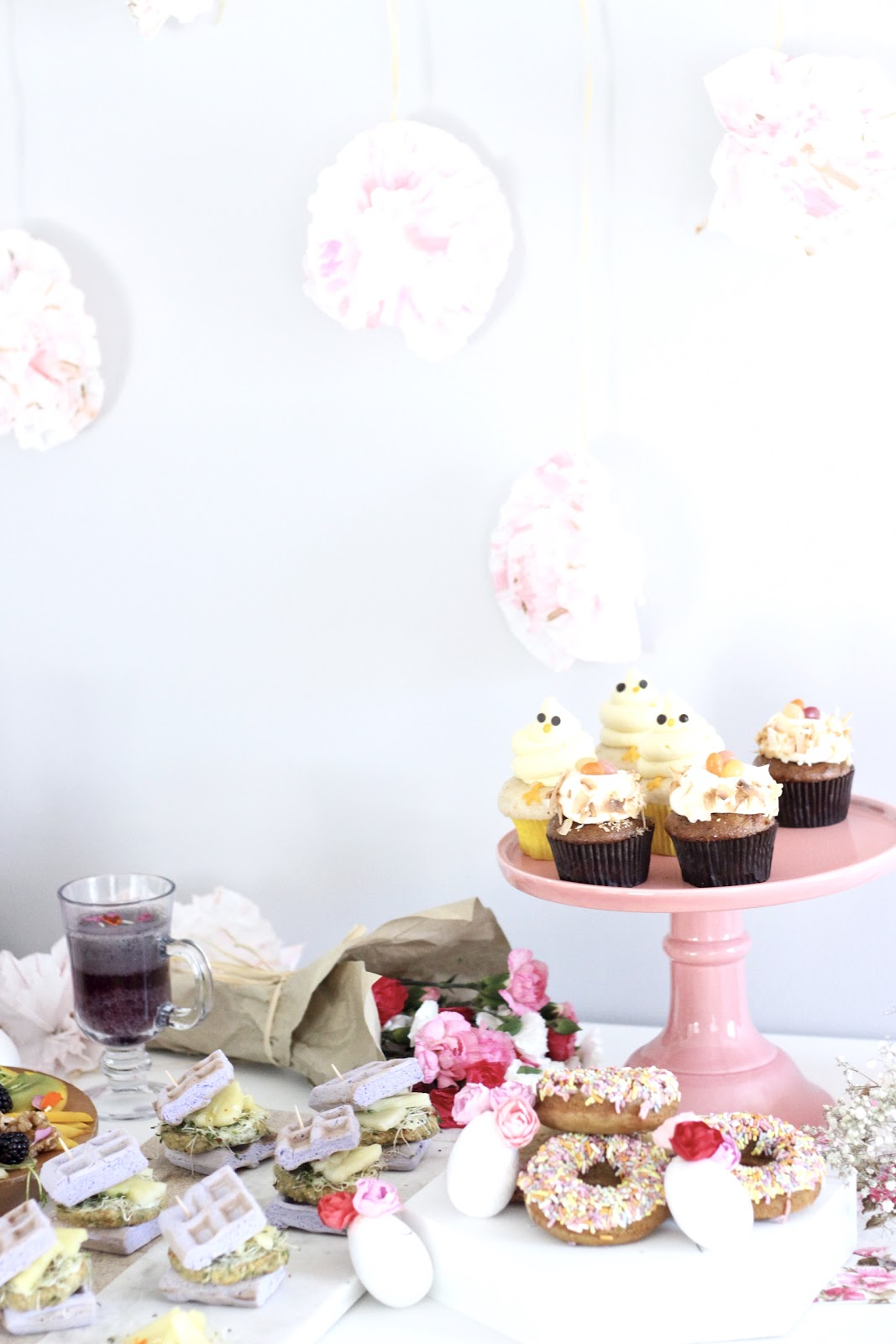 Pastels and Pastries- Easy Easter Entertaining / Easter Table