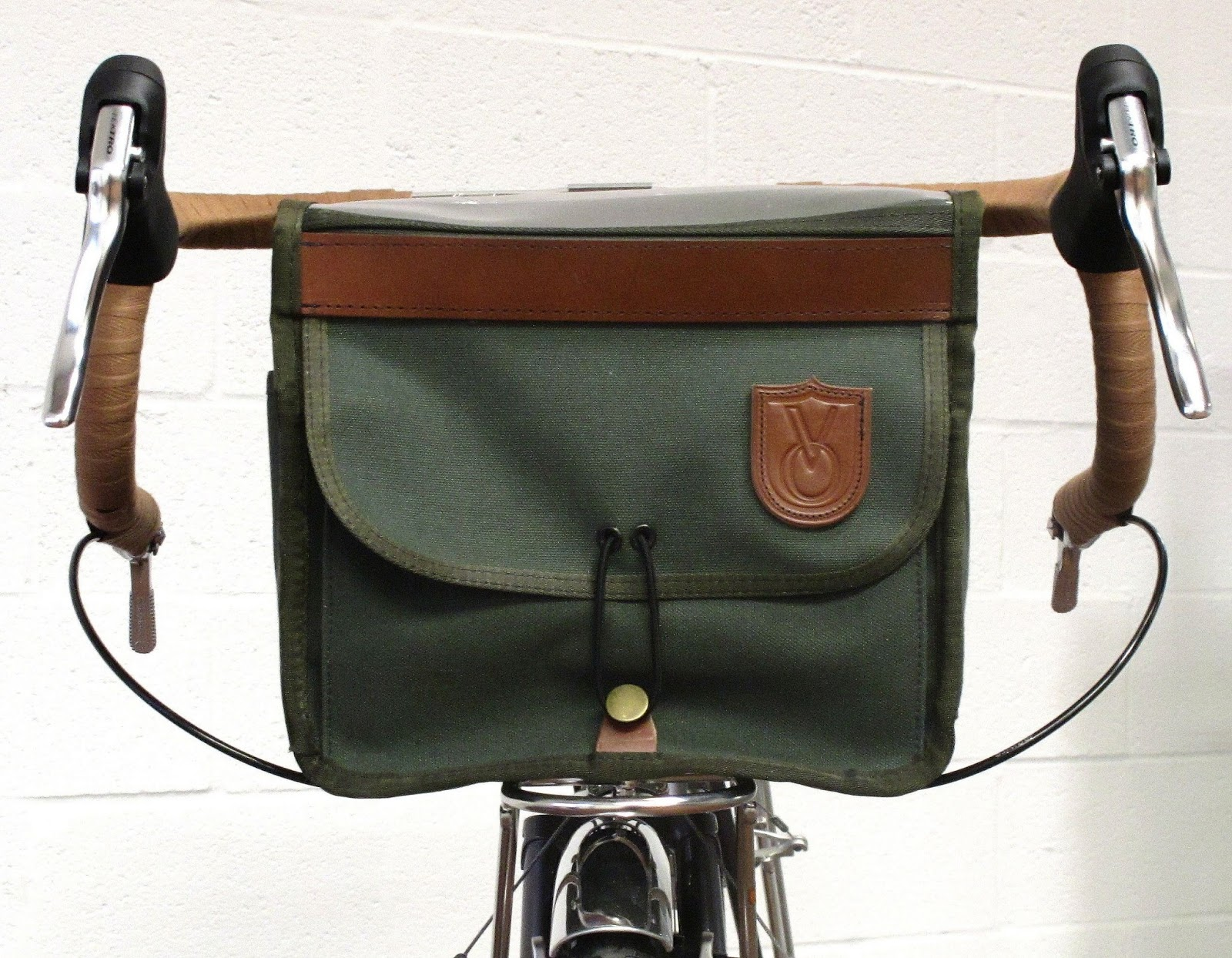 Since We Ve Been Talking About Bar Bags Recently A Few Folks Have Asked Questions Attaching Them To The Bike Traditionally Handlebar