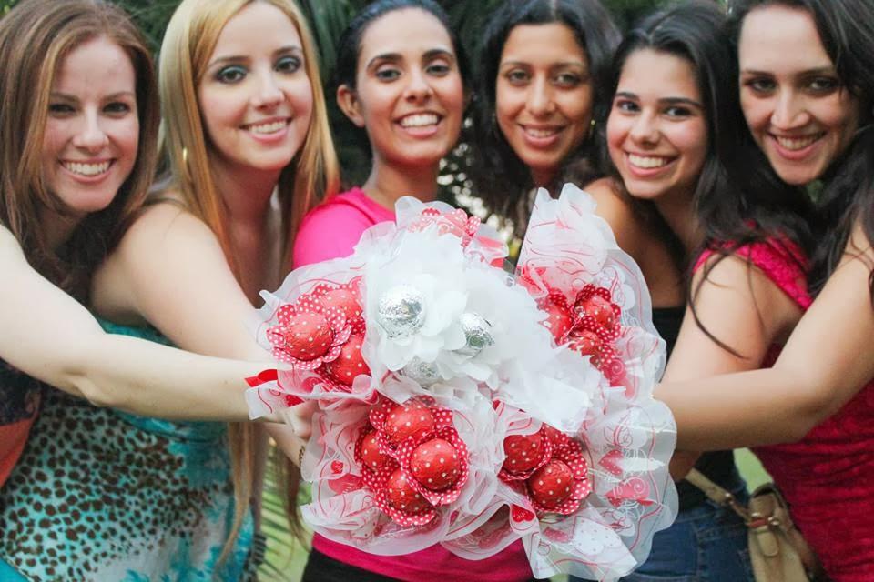cha-panela-cha-amor-madrinhas-bouquet-1
