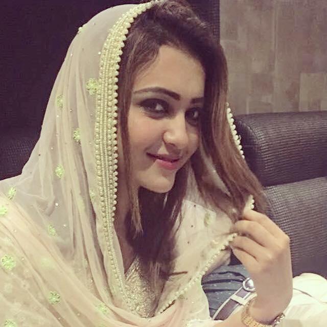 koushani mukherjee as muslim girl