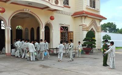 Một số đặc điểm tâm lý của phạm nhân đang chấp hành án phạt tù tại trại giam