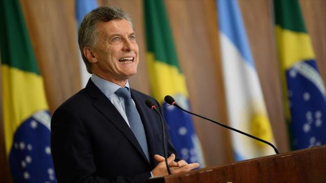 Sondeo: 62 % de argentinos ve corrupción en acuerdo Macri-Macri