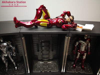 S.H.Figuarts Iron Man Mk IV + Hall of Armor de Iron Man 2 - Tamashii Nations