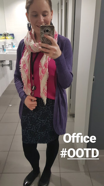 office outfit pink purple and navy pencil skirt and cosy cardigan selfie | awayfromblue