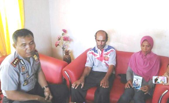 Orang Tua Hamdan Dan Sudarling, Mohon Anaknya Dibebaskan