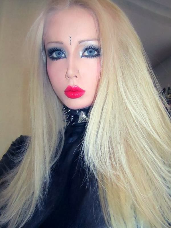 Hi Girl From Ucraine Looks Like A Barbie Doll