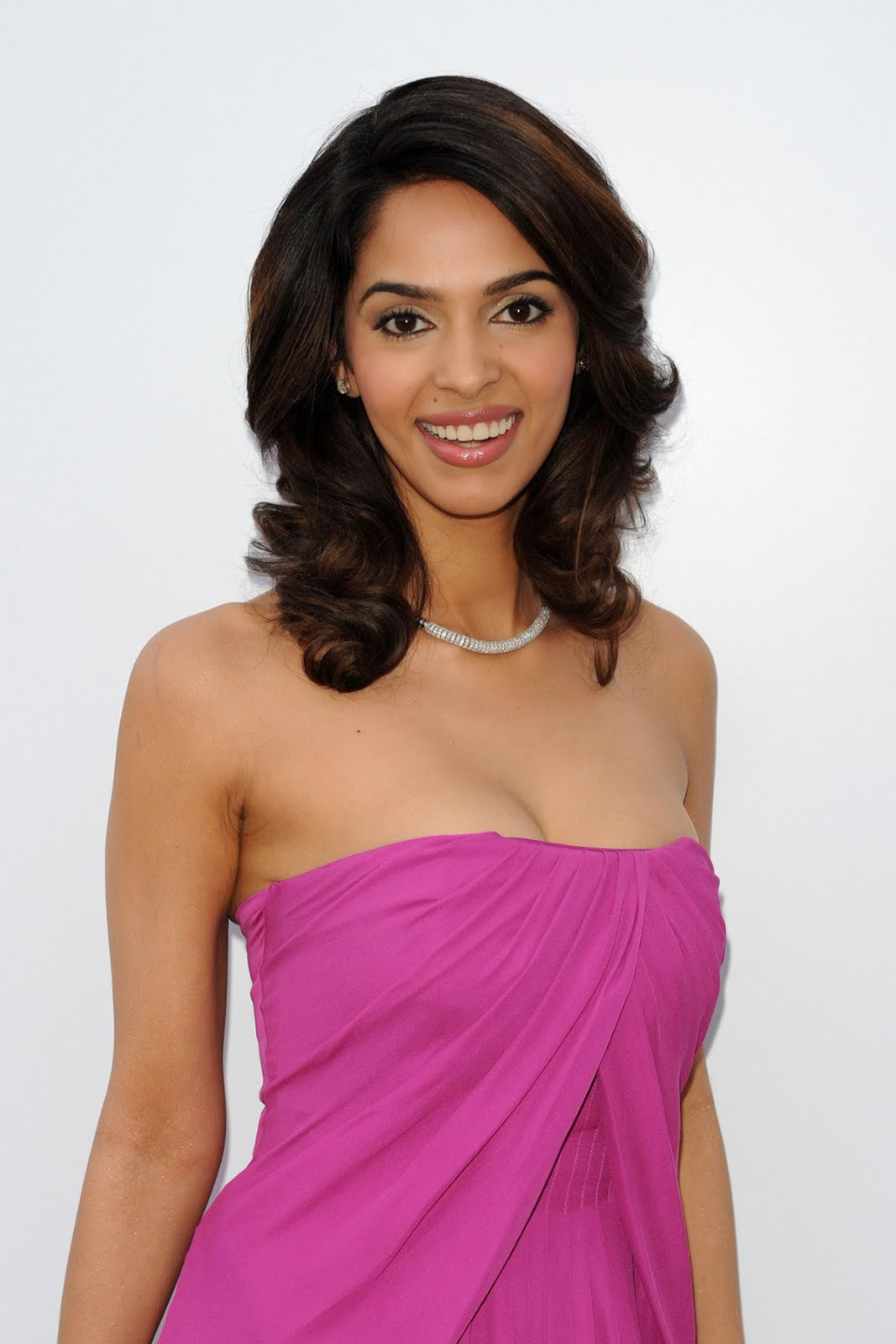 mallika sherawat hd wallpapers high definition free