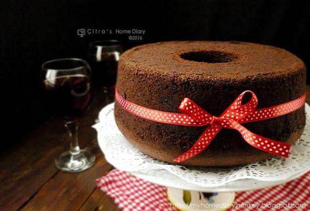 Chocolate Chiffon Cake (resep oke Chiffon kek coklat !!) | Çitra's Home Diary. #chocolatechiffon #chiffoncakerecipe #chocolatecake #bestchiffoncakerecipe #resepchiffoncake #valentinebakingidea