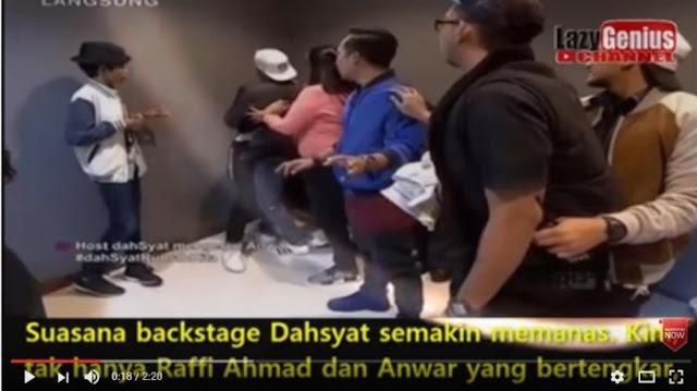 Hampir Adu Jotos Dengan Produser Dahsyat, Raffi Ahmad Dipecat?