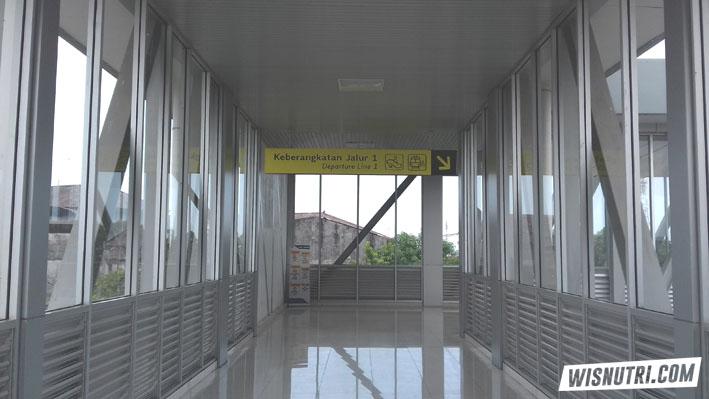 Skybridge Stasiun Solo Balapan